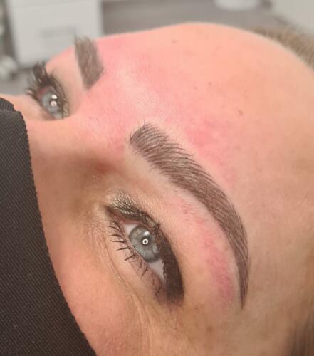 ricare-dettingen-permanent-make-up-augenbrauen-microblading-haarzeichnung